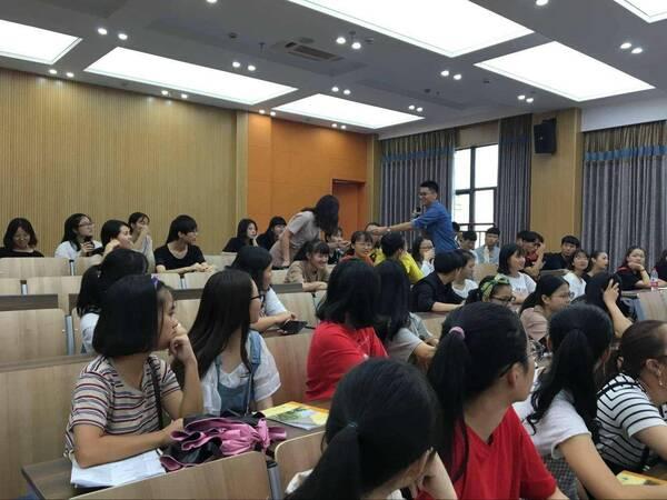 考研:在职人员考研究生,需要满足哪些条件?