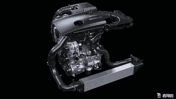 这款VC-T 2.0T发动机的压缩比可在8:1(偏性能)-14:1(偏经济)区间内无缝调节,并带有双喷射技术(缸内直喷+燃油歧管喷射)、双循环技术(高负荷工况奥托循环、低负荷工况阿特金森循环)、双VVT-i(进排气可变气门正时)等技术。看完这配置真为本田雅阁捏把汗啊! 国产天籁图片有限,咱参考下美规天籁Altima: