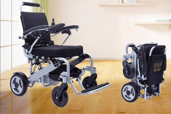 迈乐步A07轻便折叠<a href=http://www.lunyi8.cn target=_blank class=infotextkey>电动轮椅</a>