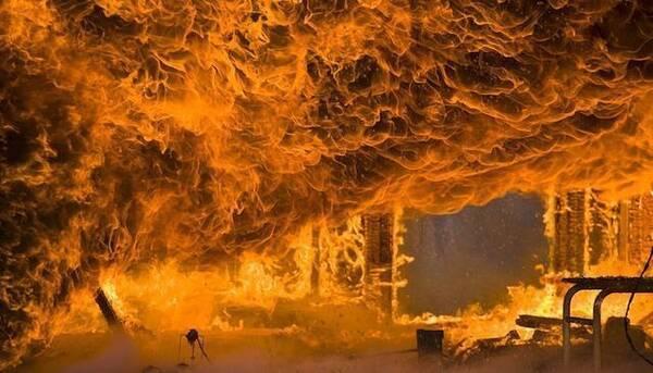 哈尔滨太阳岛温泉酒店火灾19人亡,再次为您指点消防逃生十招