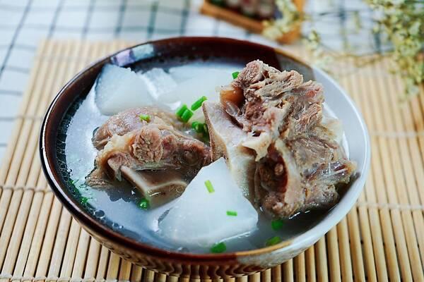 秋季v菜谱汤,煲汤菜谱骨,三招教你首选牛尾,窍门潮州醇香炒饭图片