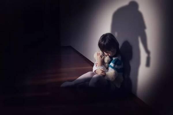 9000万目睹家暴儿童:如何走出阴影 | C讲坛