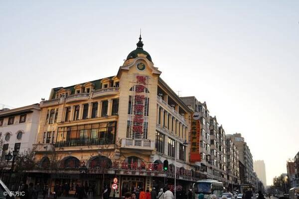 """异国风情的中国城市,被人们誉为""""小巴黎"""",到处充斥着欧式风格的建筑."""