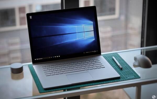 微软Surface Book 2 15吋版本国行开卖,售价19888元起。