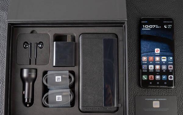 华为Mate RS保时捷设计图赏:八曲面3D玻璃 4000mAH电池