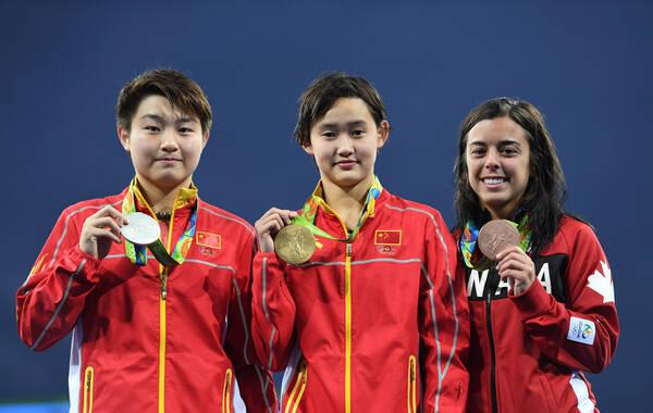 里约奥运会女子10米跳台决赛,中国选手任茜和司雅杰出战。最终中国选手任茜后来居上,夺得金牌,司雅杰获得了银牌,本菲托获得第三。在女子10米台这个项目中,中国完成了三连冠。这也是本届奥运中国代表团的第20枚金牌。