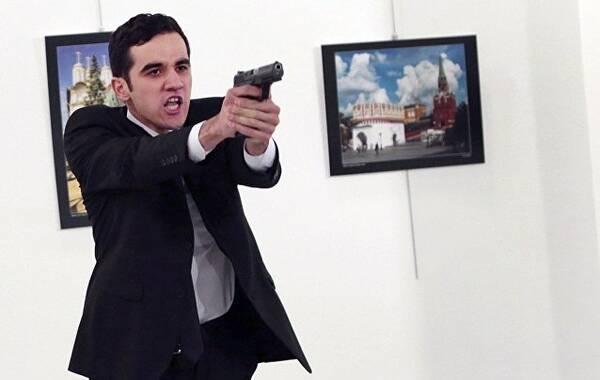 俄外交部:俄驻土耳其大使遇刺是恐怖袭击事件