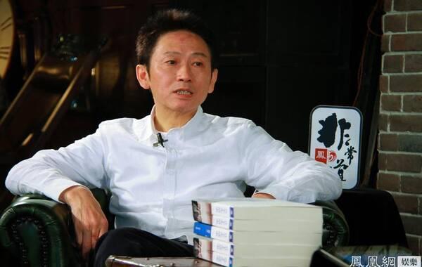 凤凰网娱乐讯 最近,电视剧《北平无战事》播出正热,编剧刘和平独家做客凤凰网《非常道》,节目中,他深度解读《北平无战事》背后的故事,大方分享自己的创作初衷。