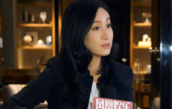 凤凰娱乐讯 在参加完为期一周的英国电影探访之后,秦海璐作为中英电影大使接受了凤凰娱乐的独家专访。
