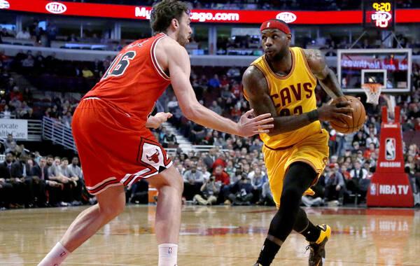 凤凰体育讯 北京时间2月13日,NBA常规赛继续进行,在东部三、四名的一场卡位战中,公牛队主场113-98击败骑士队。