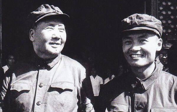毛远新生于1941年2月比毛泽东和江青的女儿李讷仅小6个月...