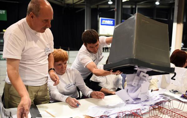 2014年9月18日,英国苏格兰,苏格兰独立公投投票结束,进入计票阶段。