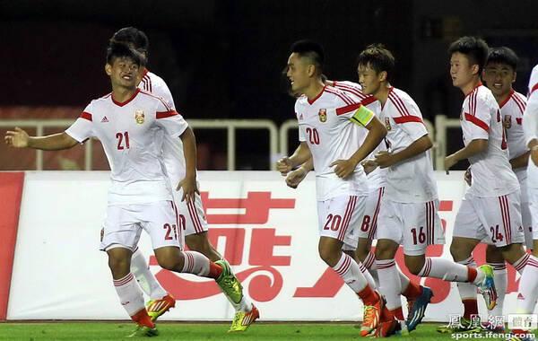 2014年9月3日,陕西西安,2014国际青年足球邀请赛,中国U19国青1-0墨西哥U19。U19国青凭借魏敬宗的勺子点球破门1-0战胜墨西哥U19,获得在西安进行的国际青年四国邀请赛首胜。