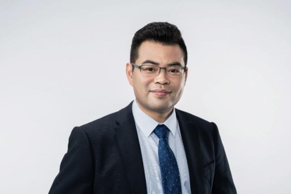 专访OPPO新兴移动终端总裁刘波: OPPO需要自我突破和创新