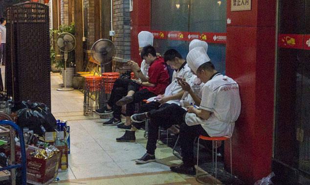 """这款手机游戏有""""毒"""" 在中国有2亿注册用户"""