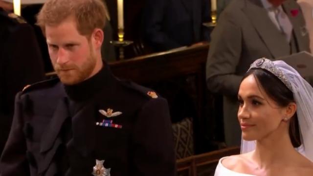 """哈里婚礼宣誓迫不及待抢答""""I will"""" 嘉宾被逗乐"""