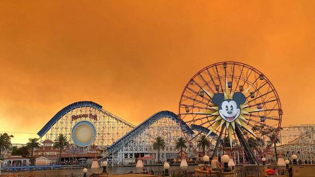 加州火灾让天空变成橙色|组图