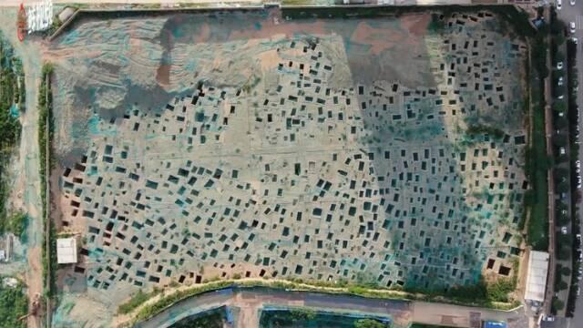 西安:在建楼盘发现战国时期墓葬群