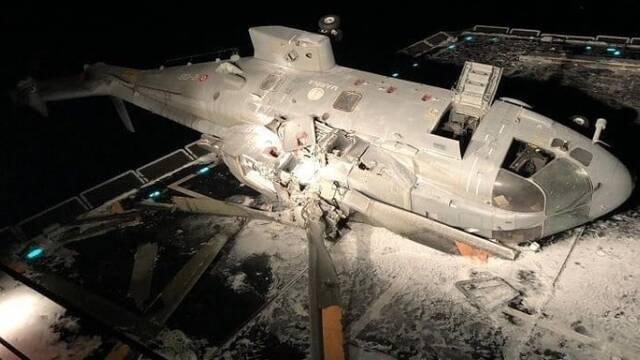 意大利海军直升机坠毁现场