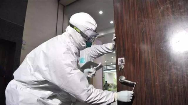 門把手驚現新冠病毒!還有這些地方被忽略