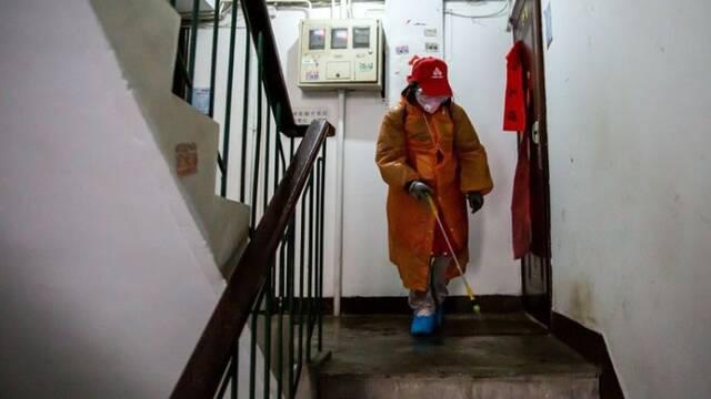 """北京:18名社工堅守下的""""抗疫""""一線"""