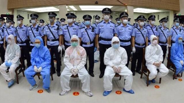 海南省最大涉黑案主犯黄鸿发被判死刑