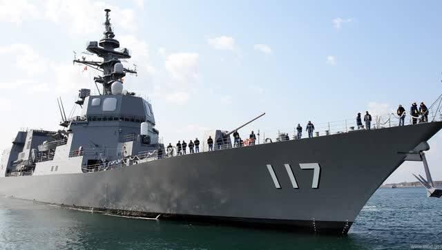 日本最新驱逐舰驶入青岛!039B潜艇近在咫尺