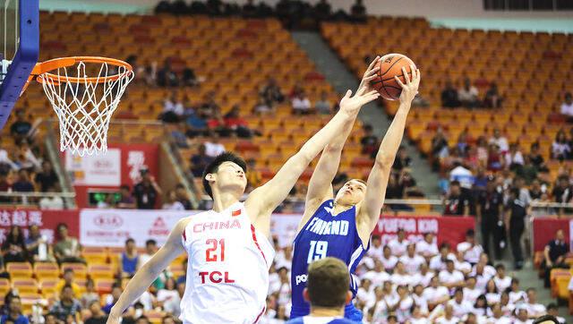 2018斯杯:中国男篮蓝队87-84险胜芬兰
