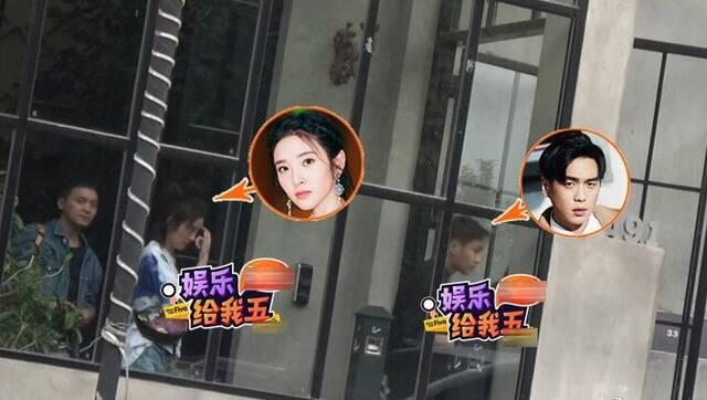 张若昀唐艺昕同框现身摄影棚 疑拍婚纱照