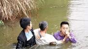 萍乡安源区3名干部合力救人