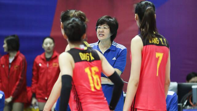 开门红!中国女排3-0多米尼加