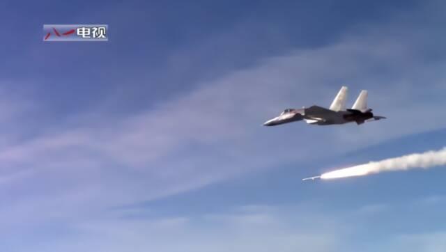 海军五大兵种跟我看  看航空兵展翼翔海空