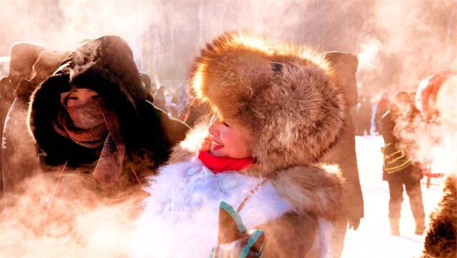 世界地质公园五大连池白龙湖冬捕