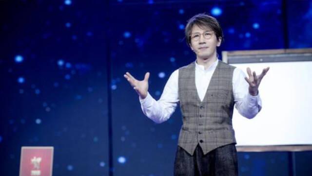 视频-安徽春晚:刘谦魔术《千里挑一》数独新玩法