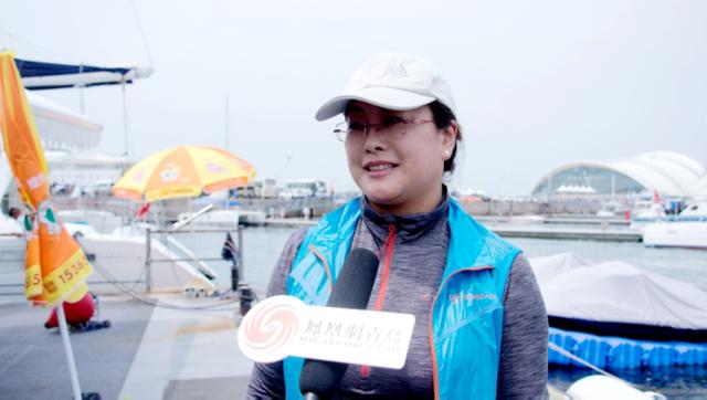 成人组代表接受凤凰网青岛采访