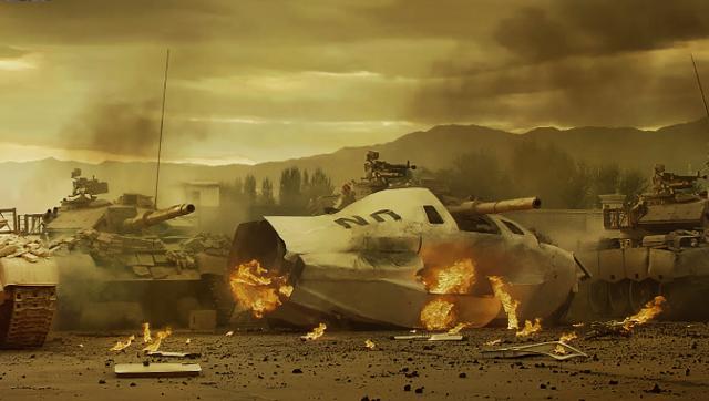 [视频]《战狼2》预告:坦克真炸没了!
