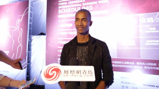 法国设计师Eric Raisina接受凤凰网青岛采访
