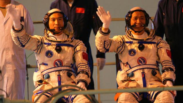 航天员大队成立20周年 训练场景披露