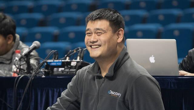中国男篮红队备战世预赛 姚明现场督战