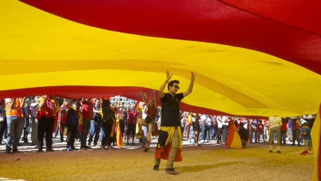 民众游行反对加泰罗尼亚独立|组图