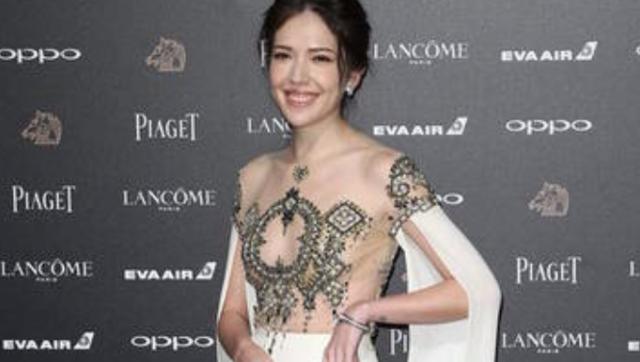 金马红毯:她这身透视装值4千万