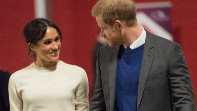 哈里王子开启护妻模式