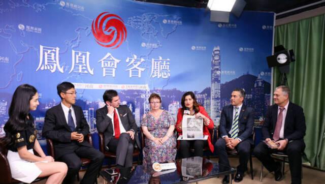 与世界对话!西班牙13位市长组团做客凤凰网河南