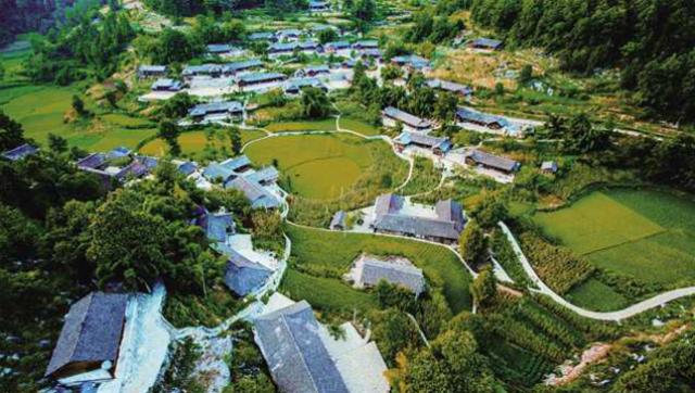 重庆彭水城口巫溪酉阳退出国家扶贫开发工作重点县