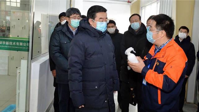 张庆伟:推动具备条件的企业尽快复工复产