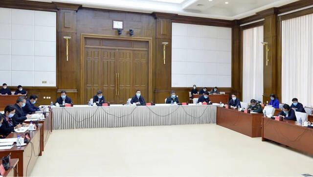 张庆伟:奋力夺取疫情防控和经济社会发展双胜利