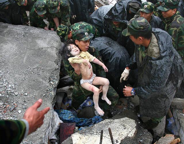 汶川地震8年祭 不应被遗忘的画面