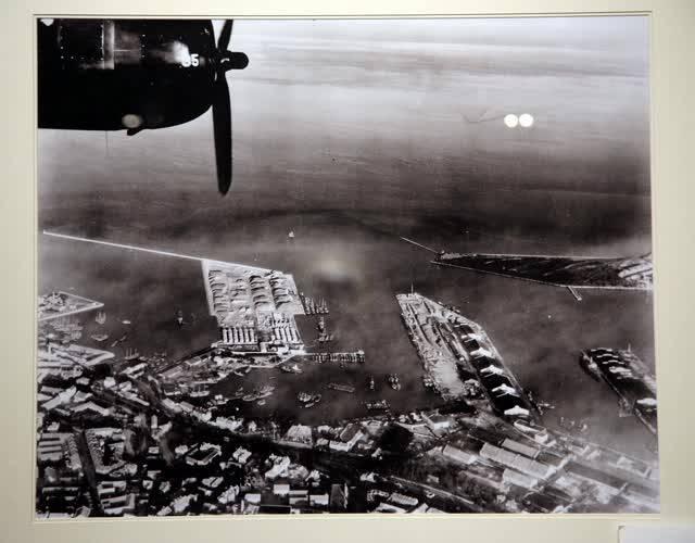 青岛大港码头。