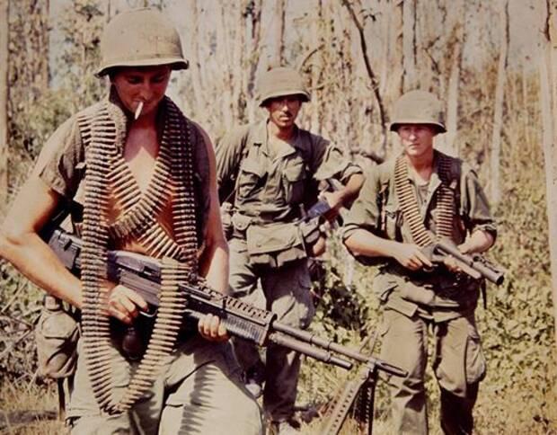 美国纽约的一名摄影师肯德拉雷尼克(Kendra Rennick)从友人手中,得到一批珍贵的越战时期彩色照片,记载当时士兵的生活点滴。