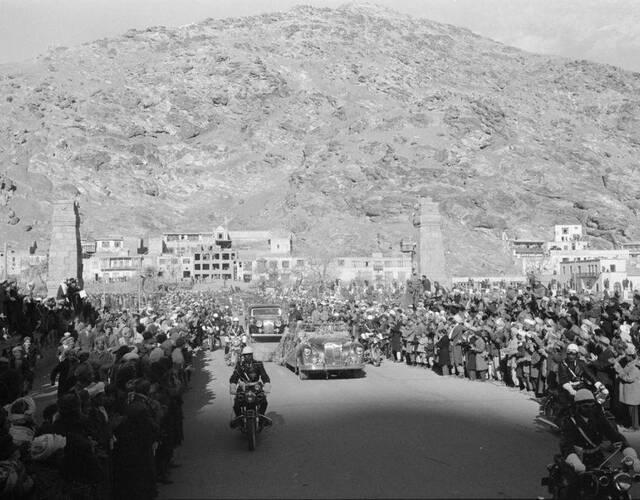 1959年12月9日,美国总统艾森豪威尔对阿富汗进行了一次短暂的访问。(美联社 摄)